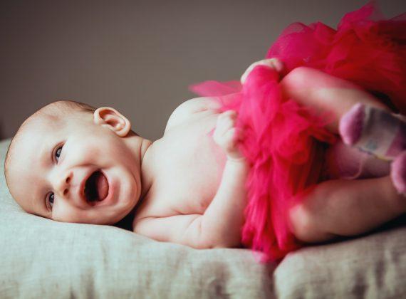 Estímulos para sacarle una sonrisa a tu bebé