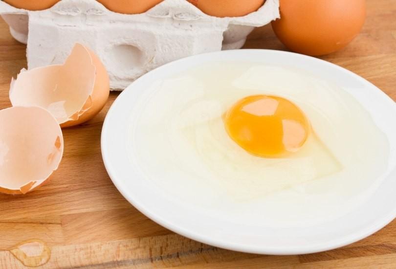 huevos crudos prohibidos embarazo