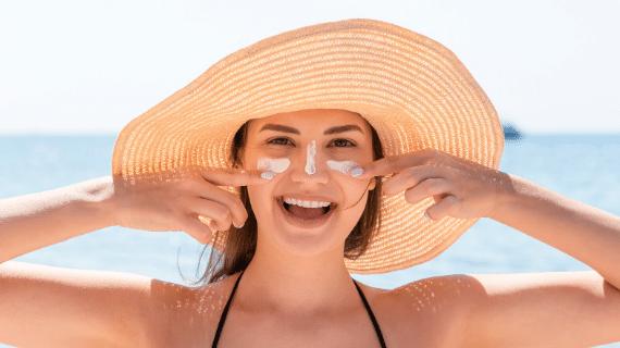 protege tu cuerpo con crema solar