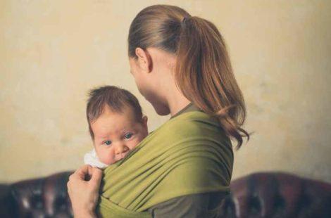 Conoce los beneficios de usar el porteo de bebé