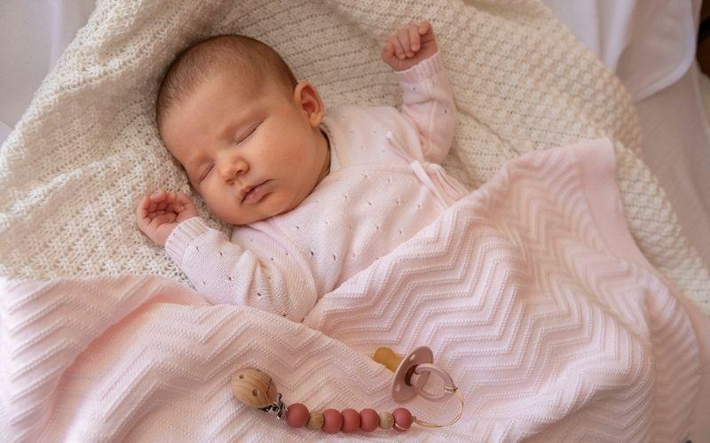 ¿Se necesita una manta para bebé en verano?
